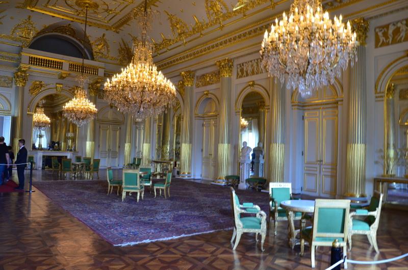 V Královském paláci v Bruselu objevíte nejen monumentální sály, chodby a schodiště, ale i sbírku uměleckých děl ze všech možných dob.