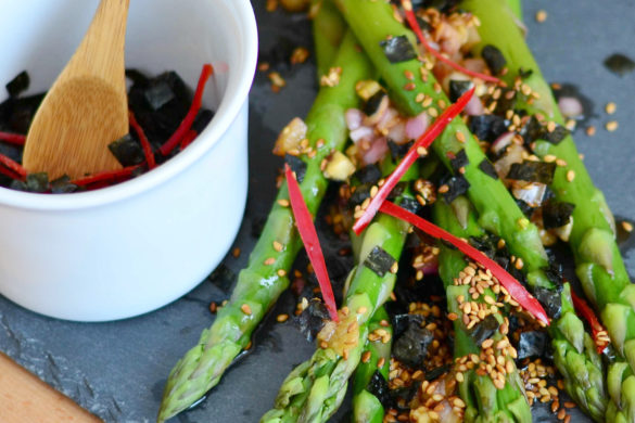 Asparagus salad with Nori, sesame and chilli
