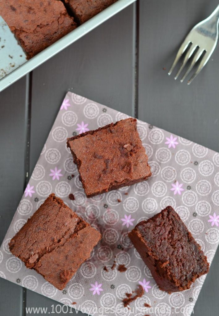 do you like chocolate? If yes, this is a sufficient reason to must try these beetroot brownies !