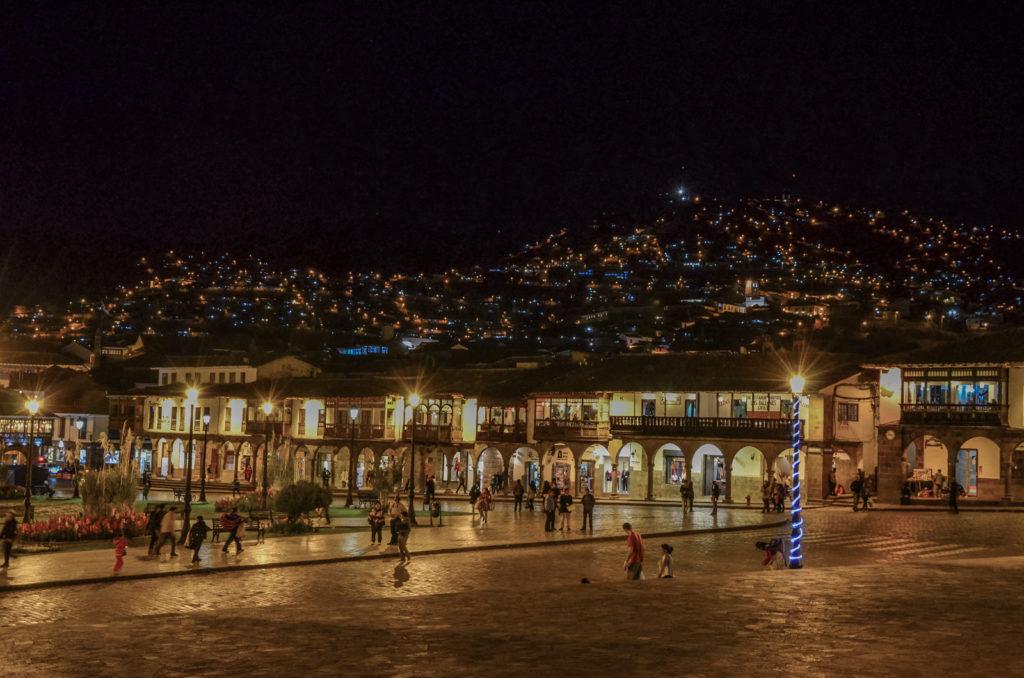 Cuzco je krásné město, které si v Peru nesmíte nechat ujít! V tomto článku vám povím, co se dá vidět ve městě Cuzco a okolí - včetně inckých ruin.