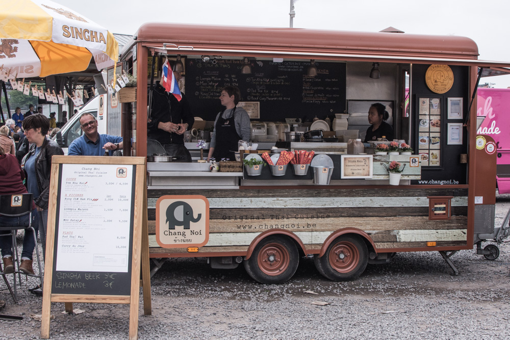 Every year, Brussels hosts the biggest food truck festival of the world. A unique occasion to taste diverse specialties from different food trucks.