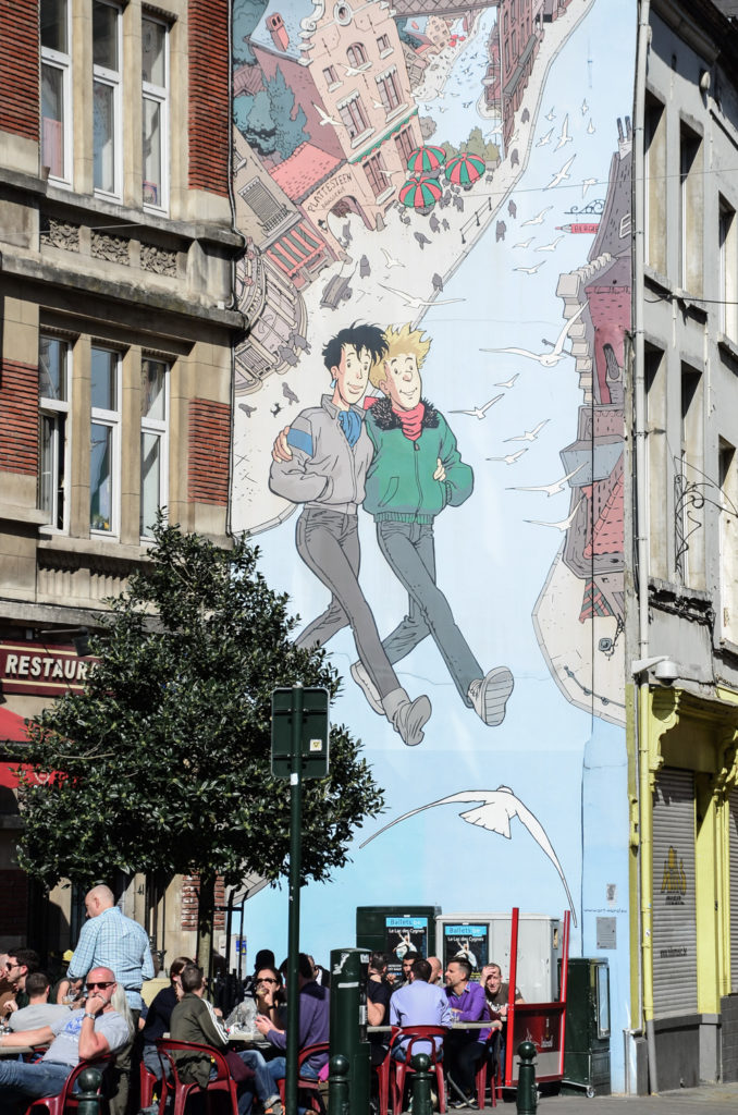 8052084516 The Brussels Comic Strip Walk is an easy and entertaining way to discover  some of the