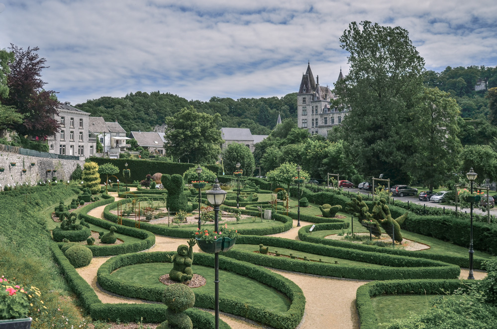 The smallest town in the world, as the locals call Durbuy, belongs to the most charming places in Belgium. Definitely worth a day trip from Brussels!