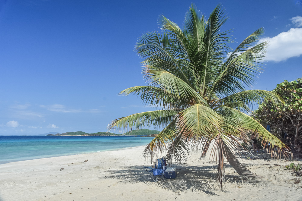 Culebra Island is a Caribbean paradise lying on the East from the mainland of Puerto Rico. Here is how we did it and I also put together some useful information for those of you who would like to visit this amazing island one day.