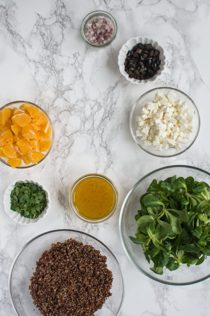 I have been making this quinoa salad with oranges, Feta, and mint for some time already and we love it! It's a healthy and fresh salad full of flavors that will fill you up.