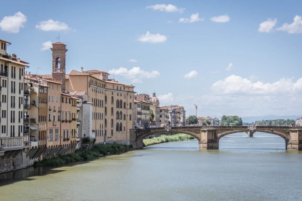Sice je skvělý nápad se v tomhle městě jen tak brouzdat uličkami, ale přeci jen mám pro vás tipy na to, co vidět a podniknout ve Florencii.